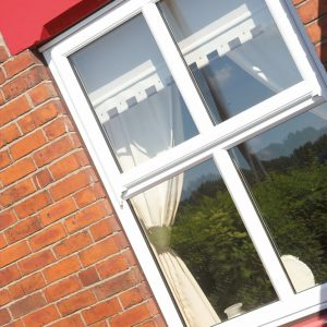 Vertical slider sash window
